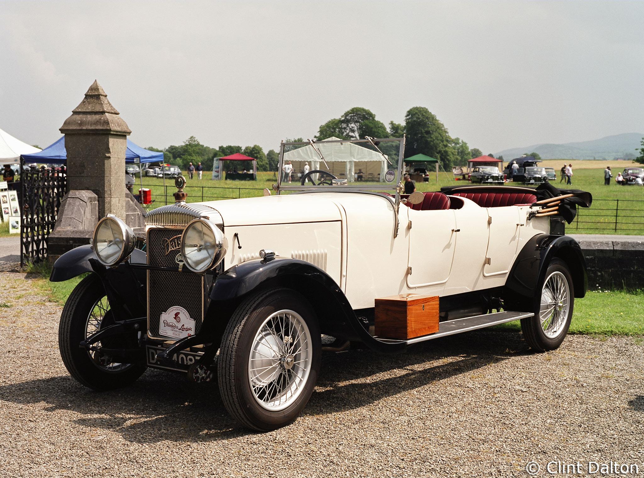 Rolls Royce Saloon Cars - 1971